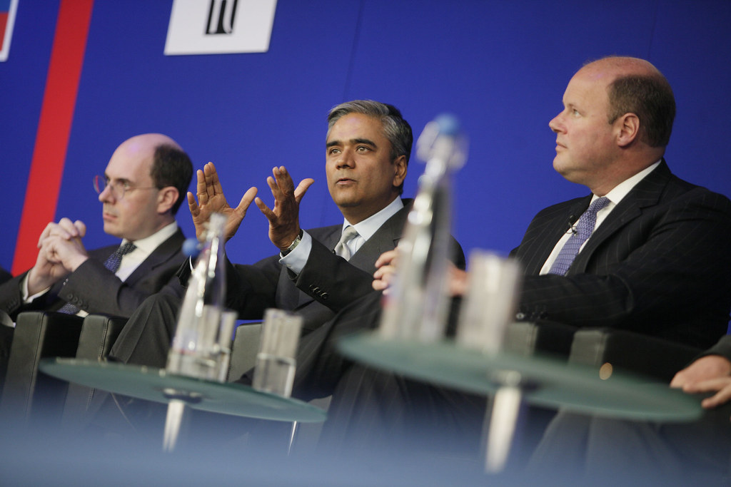 Kingman, Jain, Hester: Global Leadership Summit 2009