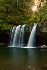 Butte Creek Falls (Jesse Estes) Tags: waterfall sunstar buttecreekfalls jesseestesphotography