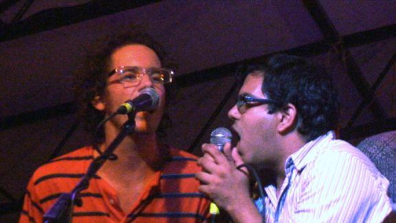 Aasim sings