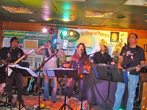 Oracle Band performs live at Perry's Restaurant in Odenton Maryland - August 2009
