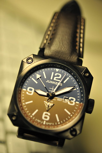 Junkers Horizon Airplane Cockpit-Style, GMT Watch (11)