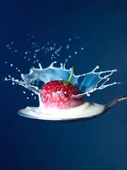 Strawberry Splash (david.kittos) Tags: milk strawberry spoon splash sigma105mm strobist