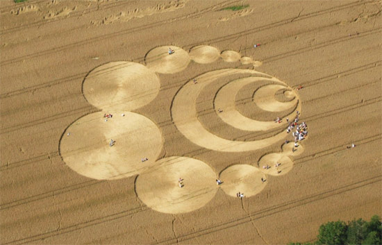 crop-circles-field-photo-03
