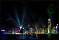 Hong Kong at Night (Tim Moffatt) Tags: china delete10 night delete9 dark delete5 hongkong delete2 asia delete6 delete7 save3 delete8 delete3 delete delete4 save save2 hong kong save4 laser nightscene save5 lasershow atnight 2009 delete11 victoriaharbor