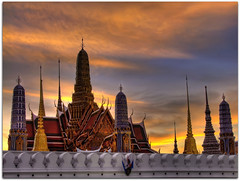Golden Hour @ Temple of the Emerald Buddha (Wat Phra Kaew) | Grand Palace | Bangkok, City of Angels (HDR) (I Prahin | www.southeastasia-images.com) Tags: old travel red orange heritage tourism silhouette architecture tile asian thailand religious temple gold golden pagoda ancient asia king dusk bangkok stupa buddhist religion royal siamese kingdom buddhism grand palace holy explore exotic grandpalace thai sacred destination southeast residence wat gilded siam emerald hdr sanctuary goldenhour watphrakaeo phra indochina chedi tiled emeraldbuddha photomatix tonemapped  explored watphrasrirattanasatsadaram templeoftheemeralbuddha kingramai totallythailand bestcapturesaoi gettyimagessoutheastasiaq1 gettyimagessoutheastasiaq2