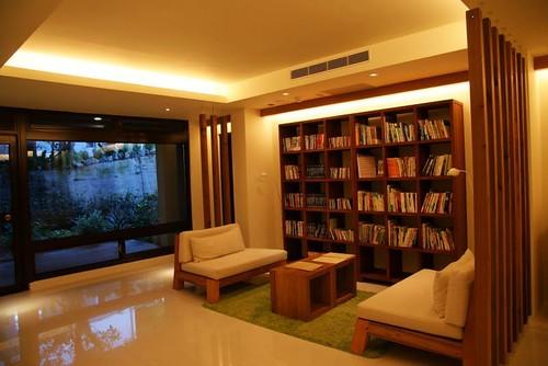 你拍攝的 4緩慢民宿的閱讀區。