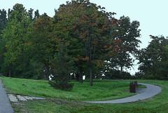 Walkway- No Bikes Please (Darskee) Tags: bikepath ottawariver westernparkway