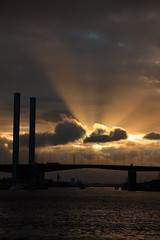 Sun rays in the Bolte Bridge (kth517) Tags: dusk australia melbourne docklands sunrays boltebridge