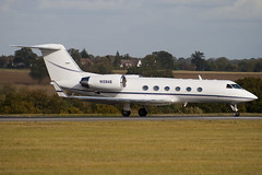 N128AB - 1501 - Private - Gulfstream G400 - Luton - 091023 - Steven Gray - IMG_2849