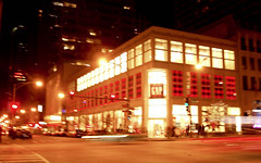 one of our fave store in downtown chicago (_snapies_) Tags: red chicago yellow lights nightshot gap downtownchicago northmichigan gapstore garbongbisaya
