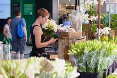 Flower girl (Jackassp) Tags: flowerseller nikond750 rundlemall sigmaartseries85mmf14