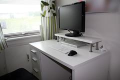 My new desk (now)