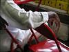 elegância do samba (ccarriconde) Tags: carnival brasil riodejaneiro samba ccarriconde cristinacarriconde carnaval cadeira linho carnavaldoriodejaneiro copyright©cristinacarricondeallrightsreserved carnavaldobrasil ©cristinacarriconde cadeiravermelha quadradamangueira linhobranco jucafii2009bday elegânciadosamba camisadelinho