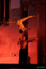 Intesa perfetta (cagnottojack  - www.lucamarchesi.com) Tags: brianza medievale coppia monza villasanta intesa corteostorico acrobati villasantamedievale ifolli balleirini