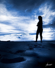 Footprints. (Tomasito.!) Tags: portrait woman beach monochrome silhouette clouds landscape philippines footprints blueskies tomasito 18105mm nikond90 philippinebeaches