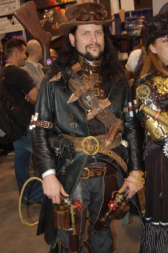 Comic Con 09: Steampunk Vampire Hunter