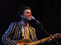 Rufus Wainwright smiling (Michael Bialas) Tags: concert over folksfestival music folk doug rhine karinbergquistcoloradomarygauthiermadeleinepeyrouxlyons rufus wainwright maclean