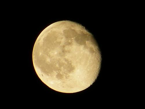 Moon Sept09 2