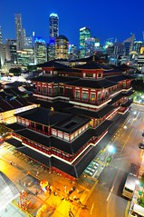 Buddha Tooth Relic Temple (Trim Reaper) Tags: nikon d90 singapore chinatown buddha tooth relic temple buddhist stree nightshot long exposure slow shutter tokina 116 1116mm skycrapers