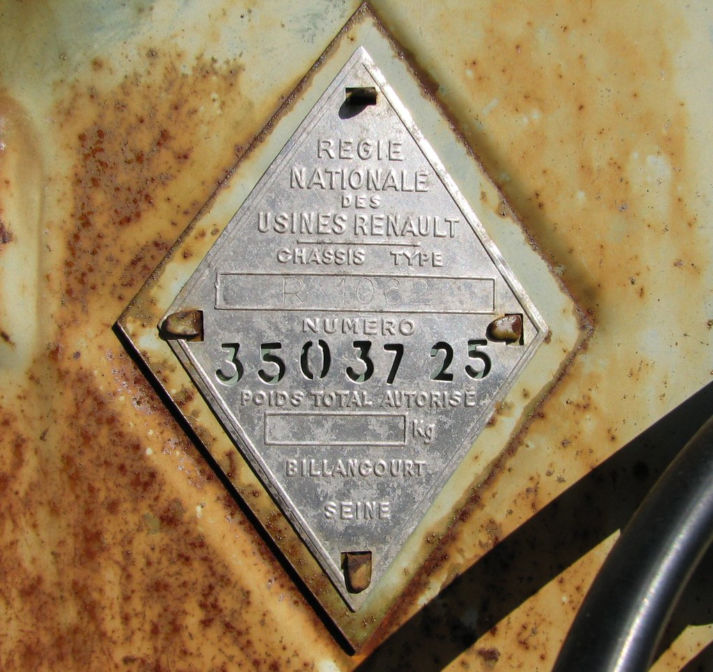 The world 39 s best photos of 4 and epave flickr hive mind - Garage renault boulogne billancourt ...