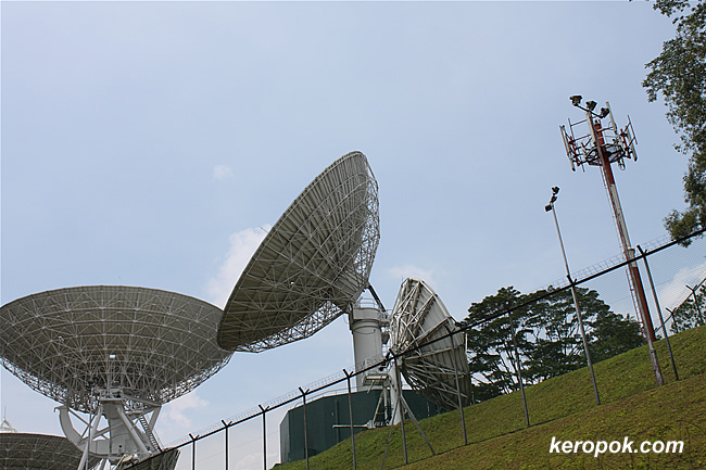 singtel satellite receiver