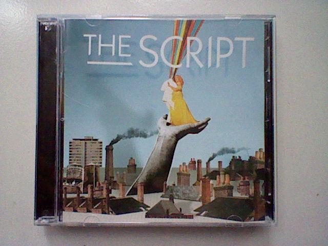 Cover aslinya, bagusan ini dari pada cuman foto Anggota Band.