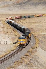 Snake... 20091023_3995 (listorama) Tags: railroad train landscape utah desert unionpacific 900 lightroom freighttrain thompsonsprings grandcounty travelsofhomerodyssey ut2009oct vistasiding