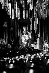 20012017-586A6570 copie (LIL Scarab) Tags: thailand bw temple noirblanc contraste buddha chiangmai travel traveller picoftheday canon ff 24x36 eos 5d 5dmarkiv eflens ef2470mmf28lusmii piece light