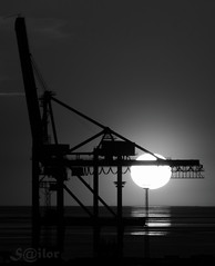 B&W Crane Sunset on Weser (S@ilor) Tags: sunset sun river germany europa barco ship crane container weser 1001nights bremerhaven mignon mywinners anawesomeshot bw silor sunset 1001nightsmagiccity
