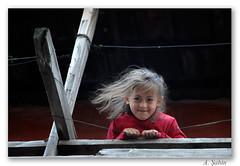 ... (_Burcu_) Tags: street house smile children nikon child balcony balkon ev d200 çocuk sokak