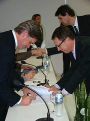 Assinatura do termo de compromisso de gestão da Secretaria de C&T. Crédito: Rodrigo Lóssio