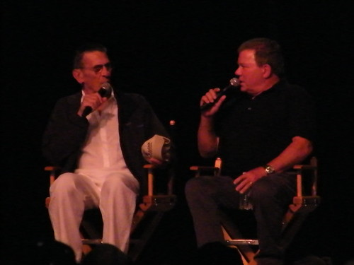 Leonard Nimoy & William Shatner - Spock & Captain Kirk from Star Trek Original Series