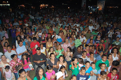 El publico de Sajoma respaldo el reinado