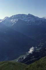 Flöschhorn - Lenk 4 (golden road) Tags: mountain alps nature berg montagne walking landscape schweiz switzerland suisse hiking bern alpen svizzera paysage landschaft montagna wandern bernois berner bernese oberland lenk simmental wildstrubel ststephan matten grossstrubel ammertenhorn flösch dürrenwald dürrenwaldhorn flöschhore flöschhorn