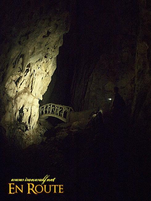 Luyang Cave Inner Bridge