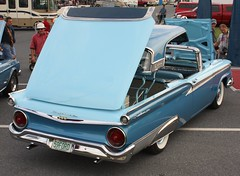 1959 Ford Fairlane 500 Skyliner Hardtop Convertible (carphoto) Tags: ford 1959 skyliner hardtopconvertible hersheyfleamarket2009 1959fordfairlane500skylinerconvertible richardspiegelmancarphoto