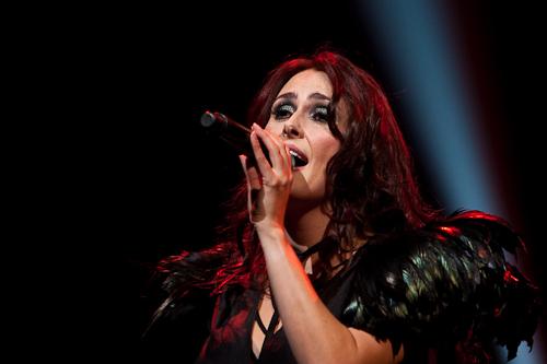 Sharon solo performances - Pagina 3 4040377286_8da9b50efa_o