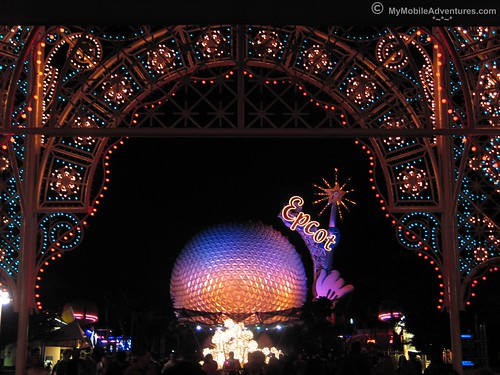 IMG_3670-WDW-EPCOT-Lights-of-Winter