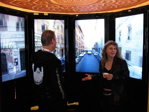 El Holodeck: una cabina para ver las fotos de Street View como una experiencia real 3572871392_beb9af4498