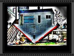 """House of tip down...(Trailer)"" (♫ Photography Janaina Oshiro ♫) Tags: house japan digital casa hdr toyohashi trailler nikond90"
