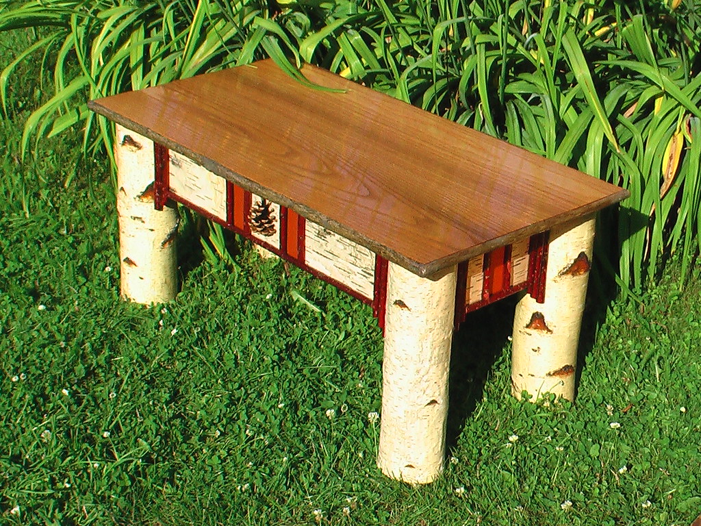 NORTHWOODS: Small Coffee Table