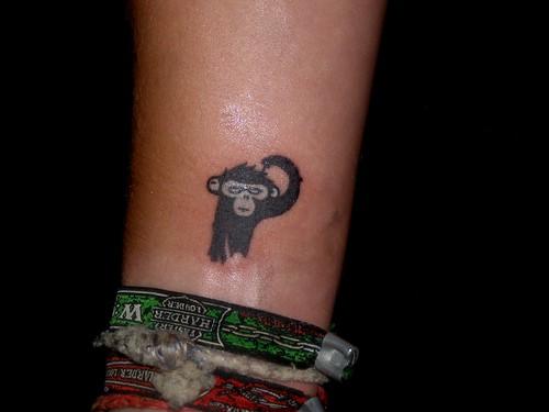 Pērtiķzēna tetovējums