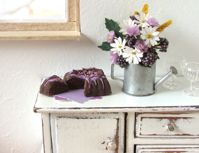 cake vintage miniatures polymerclay fimo pastry minifood dollhouse gateau sculpting shabbychic miniaturefood puppenhaus miniaturen oneinchscale petitplat kuchenpie