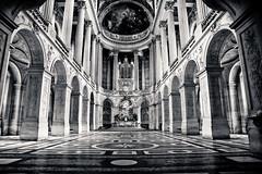[フリー画像] [人工風景] [建造物/建築物] [教会/聖堂] [インテリア] [モノクロ写真] [フランス風景]     [フリー素材]