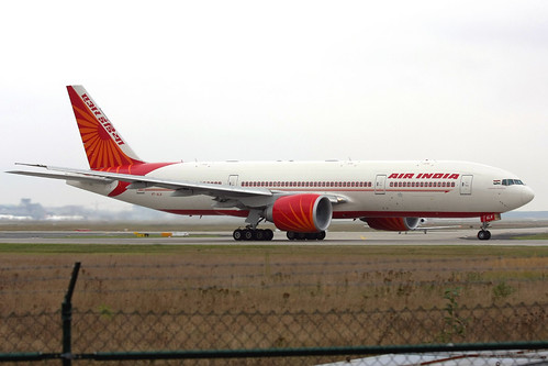 "Air India Boeing 777-237(LR) VT-ALA ""Andhra Pradesh"" FRA 15-09-09"