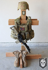 Tactical Gear Stand 03