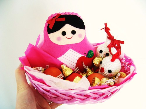 Pink birthday basket :)