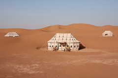 Camps des Dunes (Camps Nomades), between Foum Zguid and Mahmid : Iriki, Chigaga Erg, Chebbi Erg, Maroc (Morocco) (Loc BROHARD) Tags: africa sahara vent sand desert dunes dune sable tent camel morocco berber sandstorm maroc maghreb camps bou caid erg tempete merzouga erfoud westernsahara draa chegaga mhamid chebbi nomades oued valleyoftheroses iriki chigaga foumzguid oueddraa ergchigaga tempetedesable  almarib  campdesdunes tentecaidale  mhamid campsnomades ergcamp laalaglamdaouar sghirerg rhoualerg mhazilerg lebidliyerg sedraterg smarhassi abiodhassi bouajaj campdudsert campsdesdunes