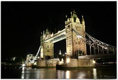 LONDRES 19 (Lomumo) Tags: inglaterra bridge england black london tower night towerbridge puente londres nocturna puentedelatorre lomumo