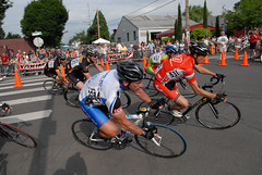 Racing action at Cirque du Cycling-14